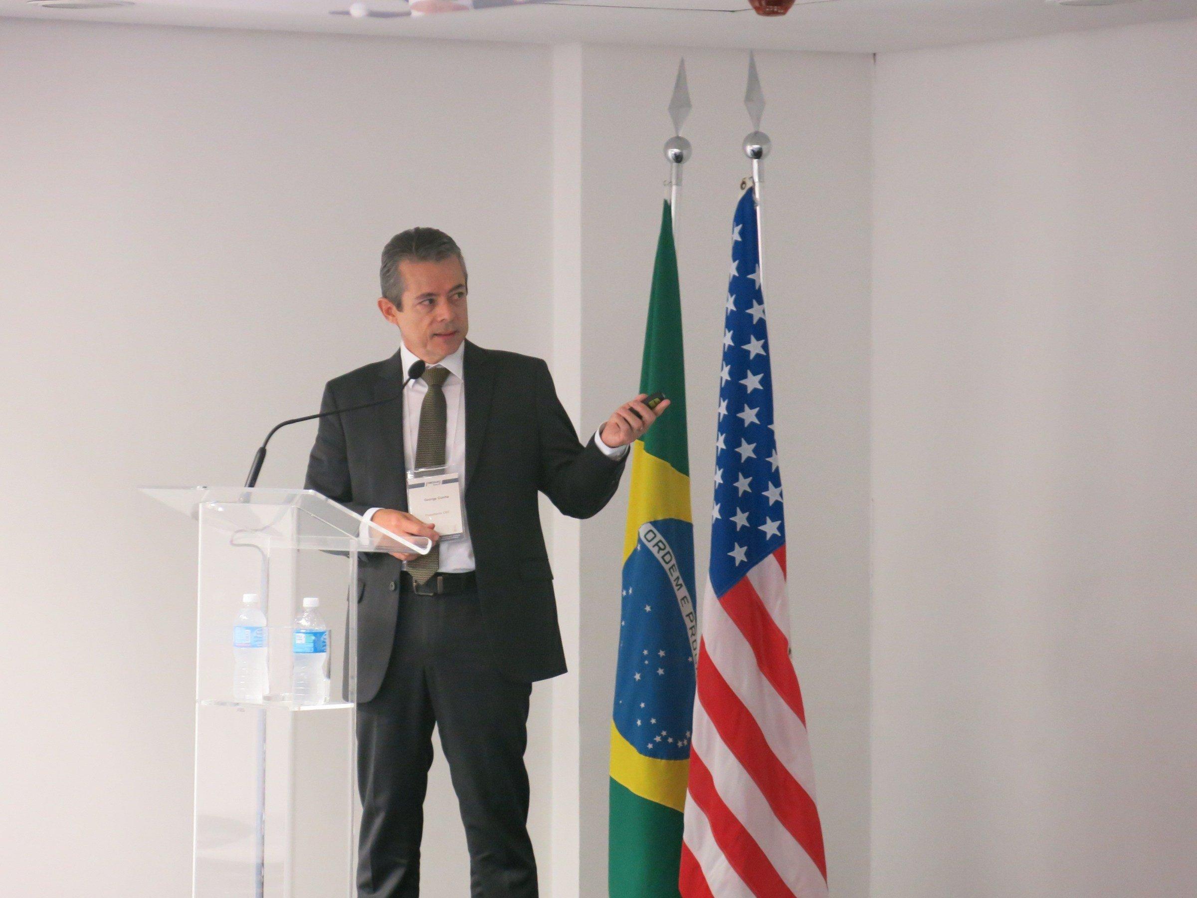 Informações sobre o visto do programa EB5. Palestra na AMCHAM em São Paulo